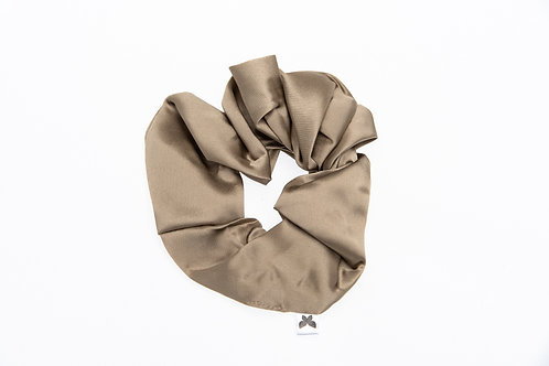 ChicSleep by la seda- 100% silk scrunchie - Gold Blonde