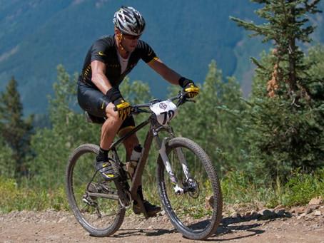 Lance Armstrong non vuole dire addio al ciclismo