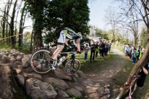un passaggio dei campionati MTB alla Montagnatta di San Siro a Milano