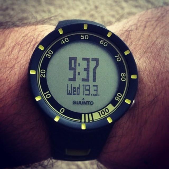 Instagram - Супер-часы. Вчера провел первую тренировку с ними. Спасибо @tulpanov