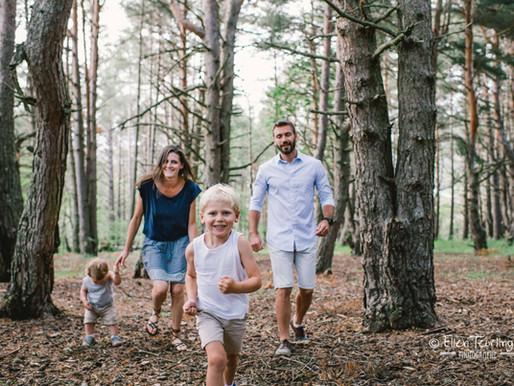 Séance photo famille dans l'arrière-pays grassois Ellen Teurlings / Pixel.len Photography
