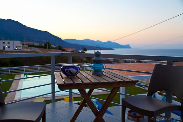 breath-taking views of the gulf of Castellammare from B&B Casa Azul panoramic terrace