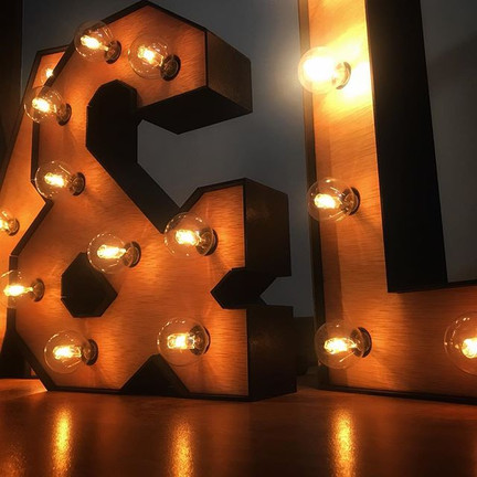 Letras luminosas por encargo 💡