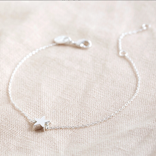 Single Star Bead Bracelet in Silver