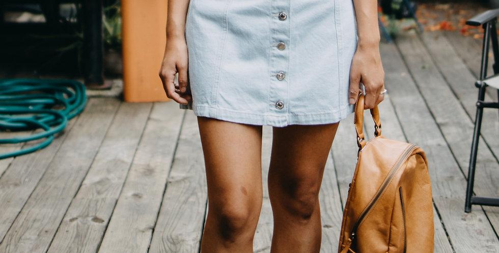 Forever 21 / Light Wash Button Front Skirt