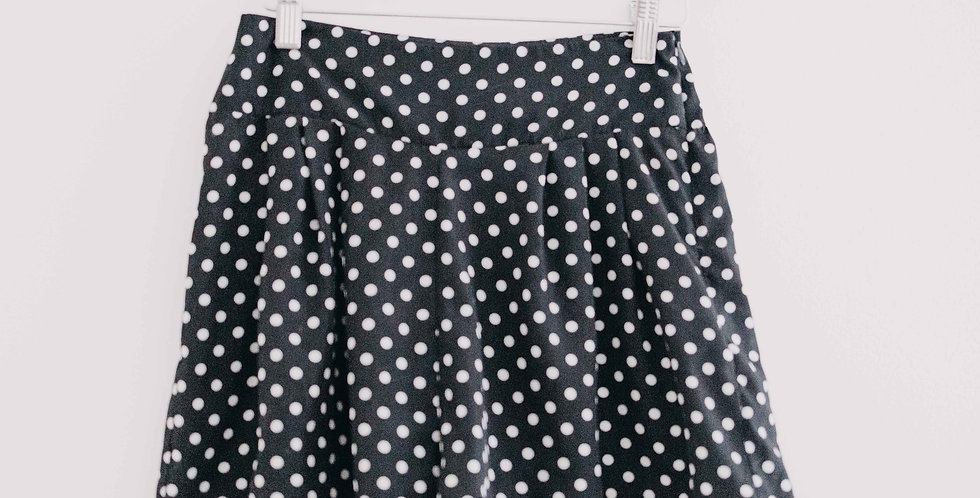 Urban Outfitters / Black+ White Polka Dot Shorts