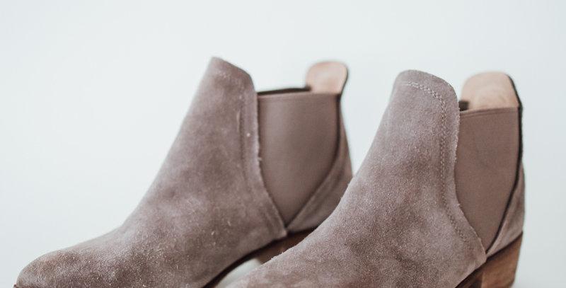 Grey Chelsea Boot