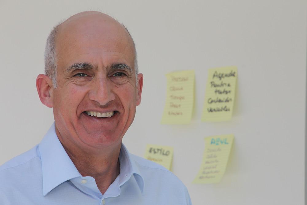 Editor Eduardo Saleh Sabat