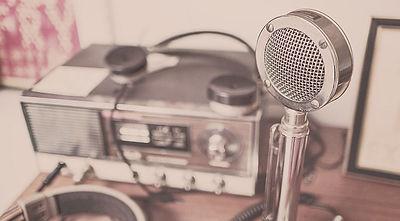 old_radio.jpg