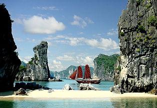 beautiful-halong-baie-vietnam.jpg