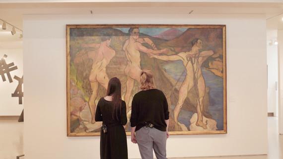 Marianne und Claire vor Suzanne Valadon, Le lancement du filet, 1914, huile sur toile. © Dépôt, Musée national d'art moderne de Paris. Foto: M.C., September 2020