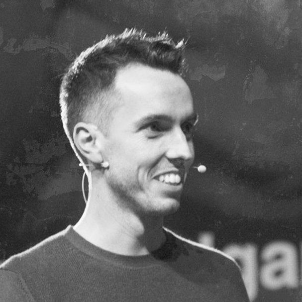Javier Cebreiros durante un evento TEDxTalk