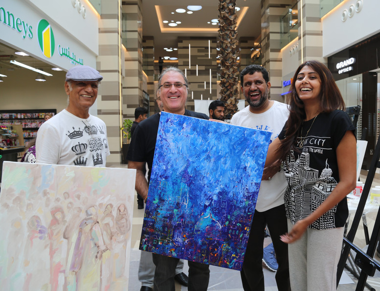 Oman: Louai Alasfahani with top Artists Anwar Sonya, Saeed Al Alawi and Dubai-based artist Zahira Muthi at the Paragon Arts CSR initiative Workshops and Exhibitions