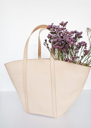 VEGETABLE TANNED LEATHER BASKET