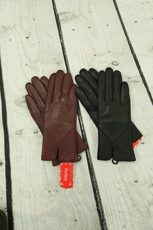 Leather V Stitch Gloves