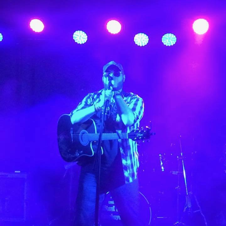 Mark Bray onstage