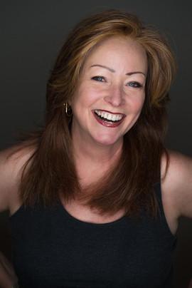 Susan Halsey Singer headshot