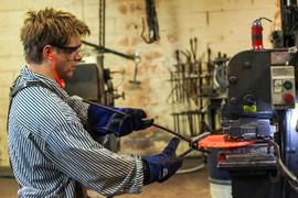Blacksmith molding skillet base