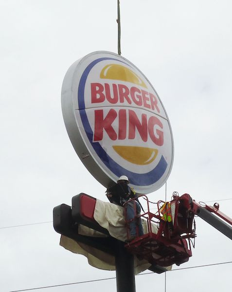 Burger King Sign Service