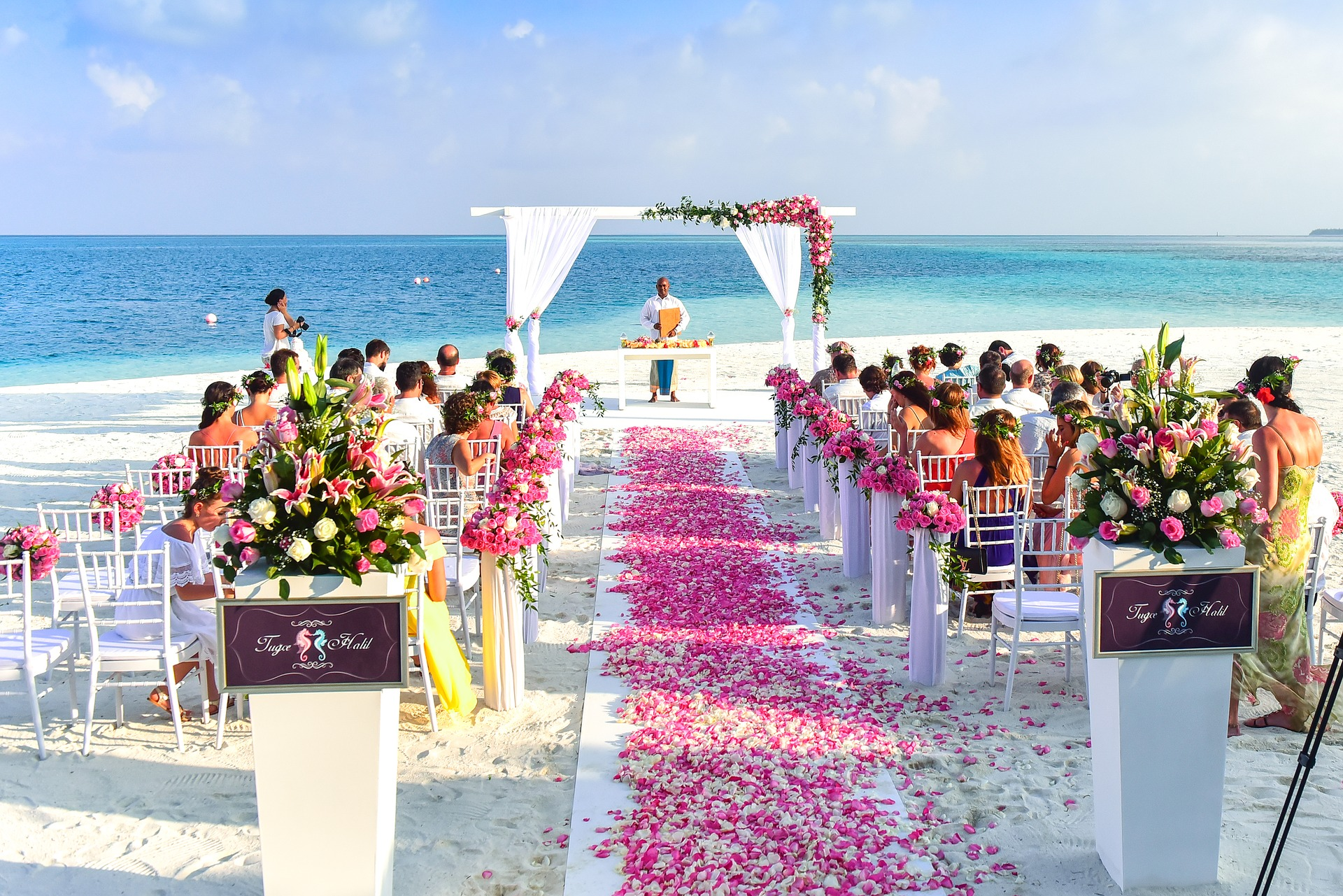 Wedding aisle, island