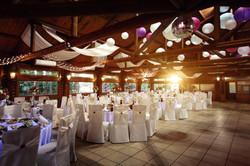 Barn rustig wedding