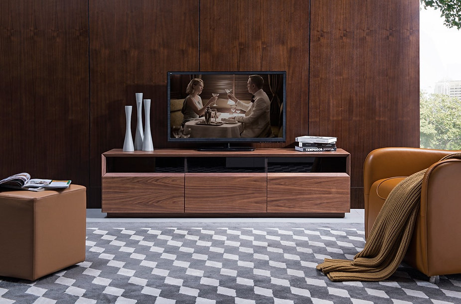 tv023_74201_terrance_walnut_1-5-2018_hr_