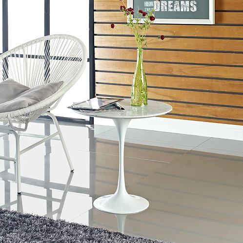 """Lippa 20"""" Marble Side Table in White"""