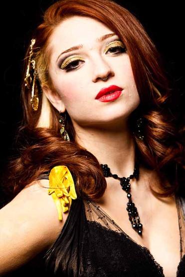 Burlesque performer Janet Fischietto