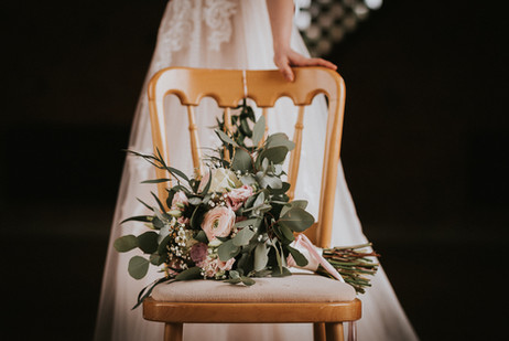 lilac and wild wedding flowers