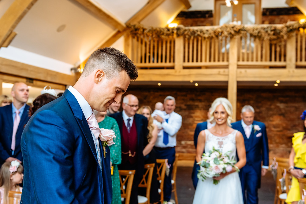 get married at mythe barn leicestershire