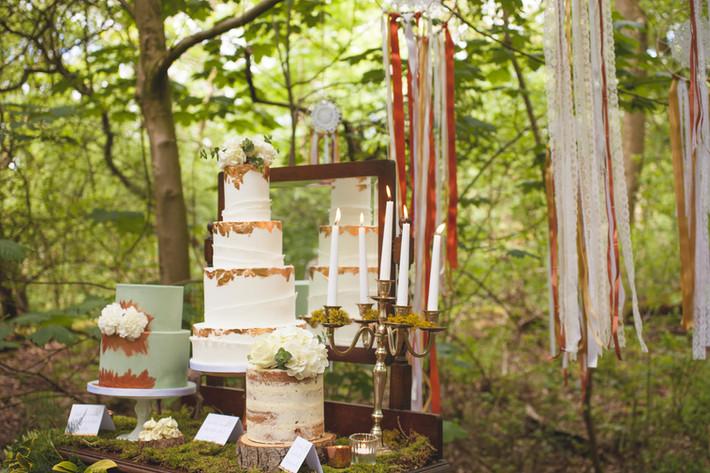 woodland wedding copper cake table ideas