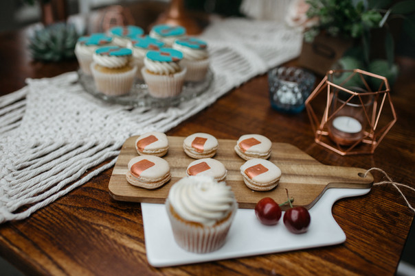 copper macaron cake table ideas