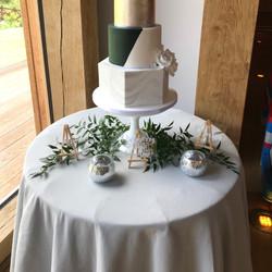 GREY ROUND CAKE TABLE CLOTH