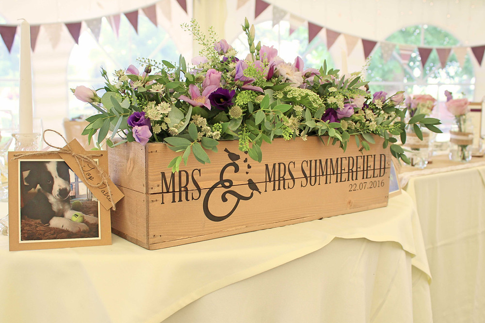 lilac rustic wedding flowers