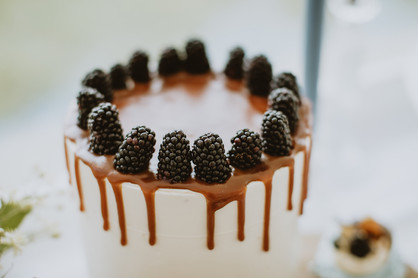 salted caramel wedding cake ideas