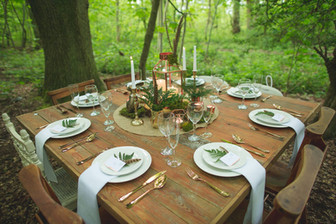 woodland wedding venue in leicester table