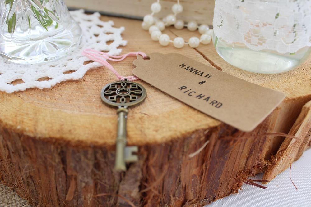 Vintage keys at weddings