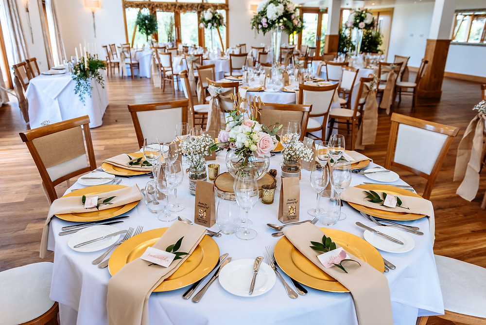 coloured napkin hire leicester