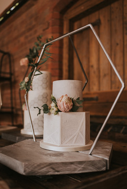 geomectric wedding cake ideas