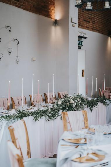 blsuh pink romantic top table