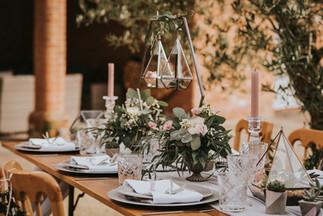 hexagon wedding table decor