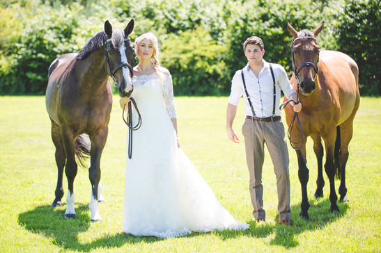 having horses at your wedding