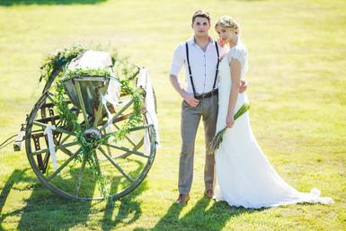 rustic farm wedding photo ideas