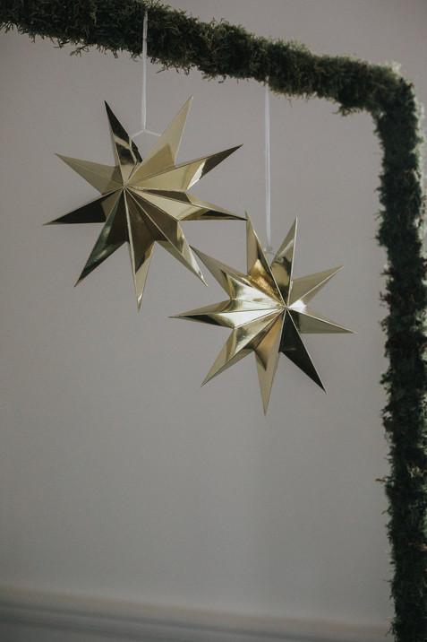 gold stars wedding decoration