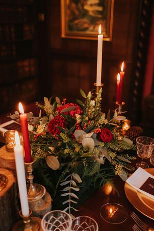 red floral wedding centrepiece