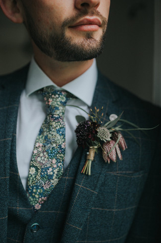 alternative wedding ties