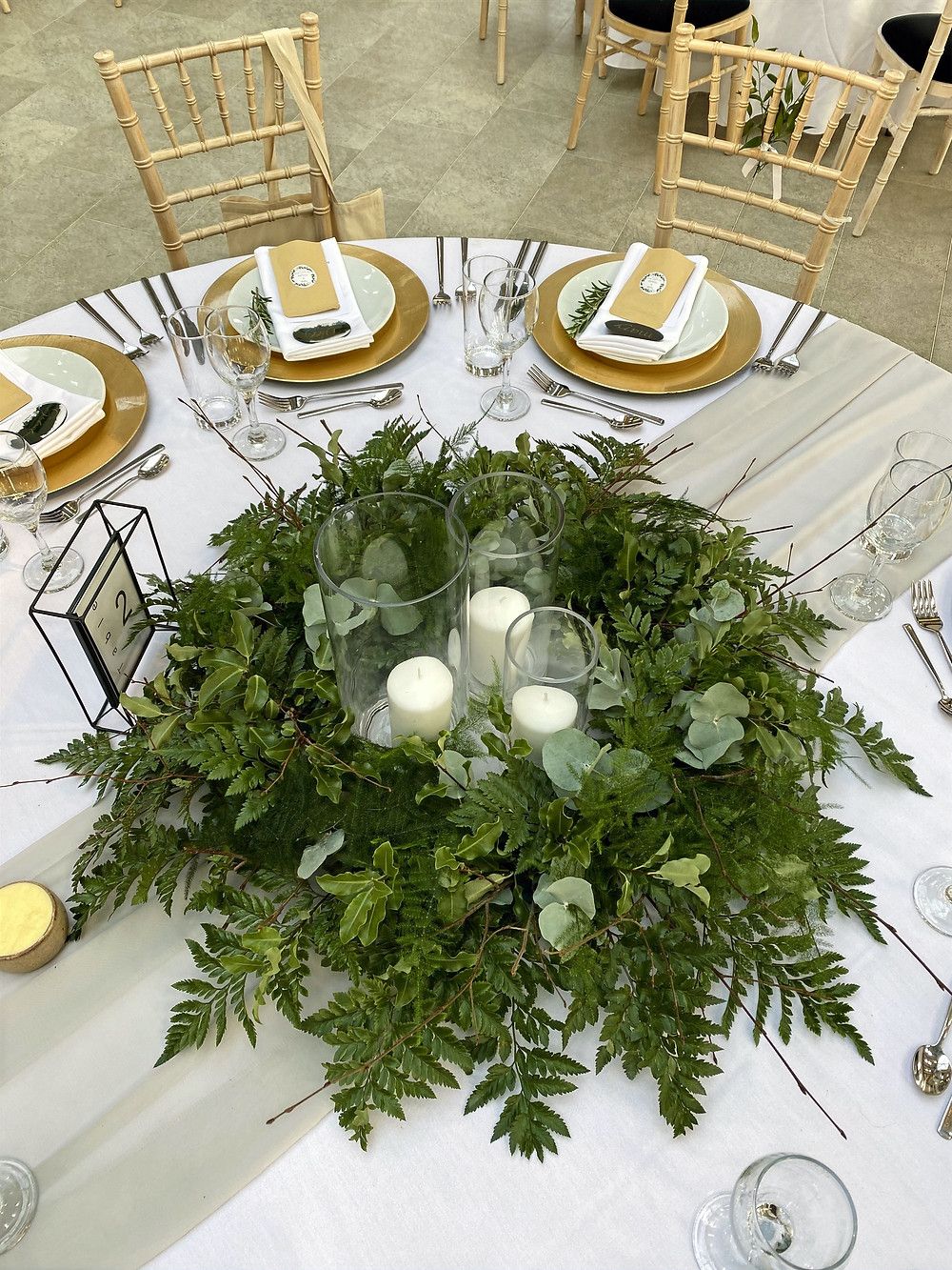 greenery wreath table centre piece