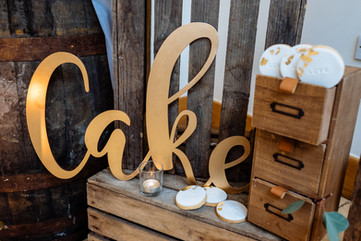 Mythe Barn Rustic Wedding Decor & Styling