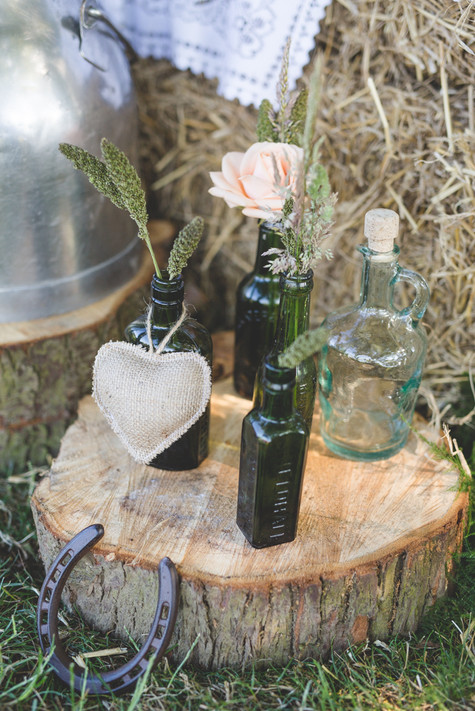 rustic centrepiece with wildflowers