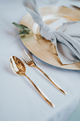 gold cutlery hire - stylish weddings